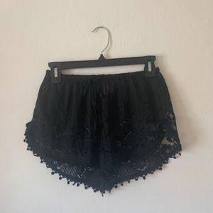 Black lace shorts - Small